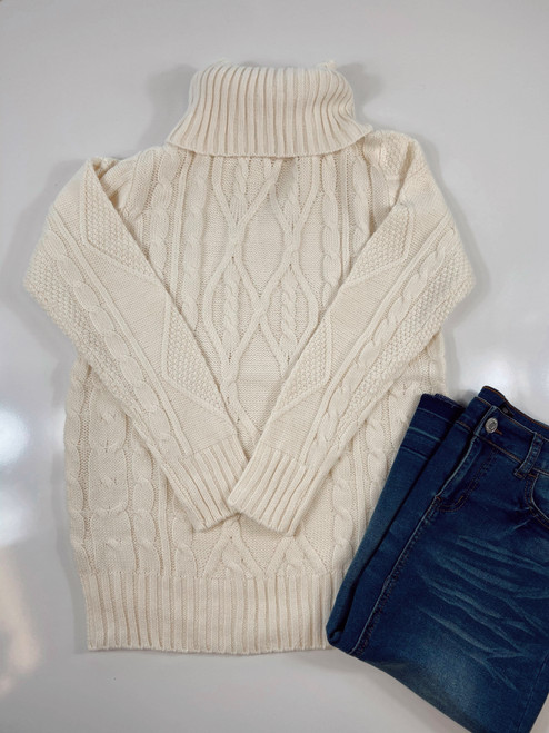 Cozy Cable Knit Turtleneck Sweater *Cream*