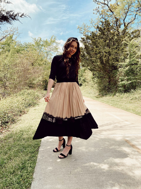 Aurora Pleated Lace Twirl Skirt *Tan/Black*