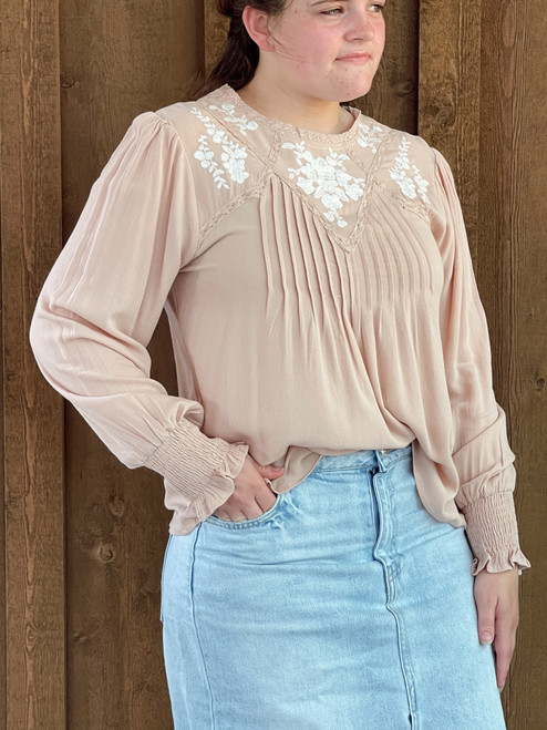 Rachel Flowy Embroidered Top *Blush*