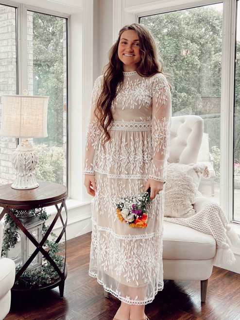 Isabella Lace Dress *Ivory/Taupe*