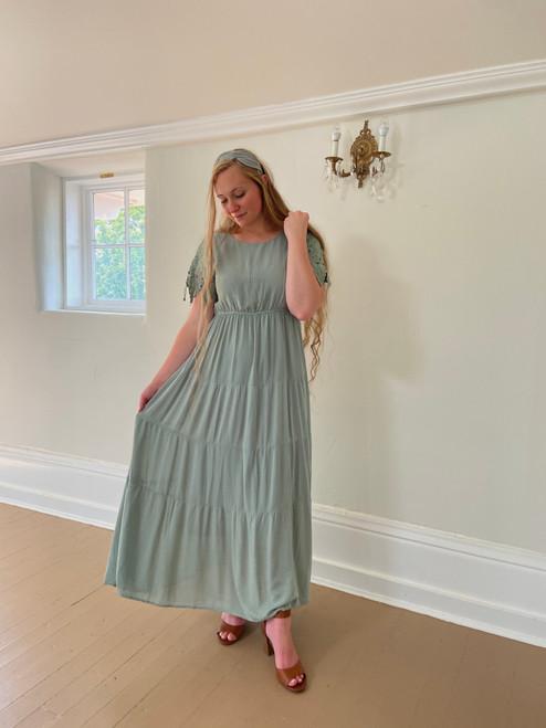 Millie Lace Sleeve Dress *Seafoam*