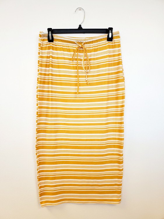 Klassy Girl Sport Skirt Golden Stripe