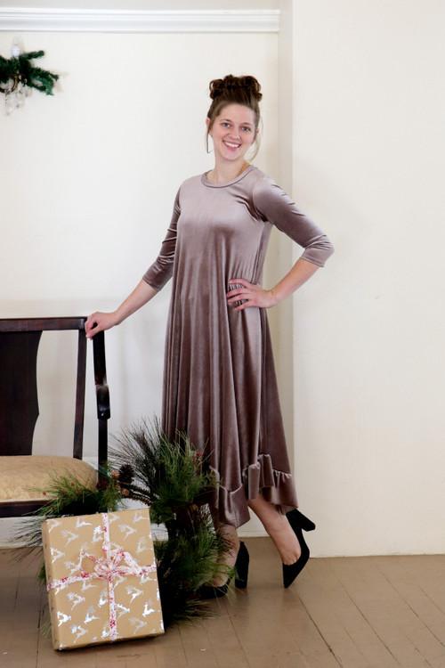 Willow Swing Dress Taupe Velvet *Womens*