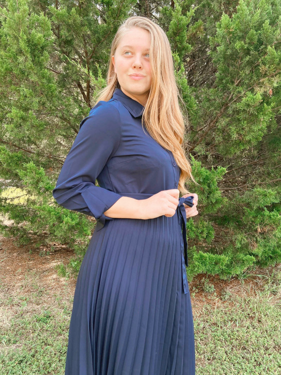 Pleated Perfection Dress *Navy*