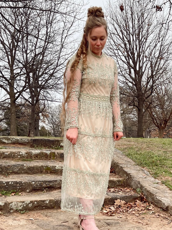 Isabella Lace Dress *Sage*