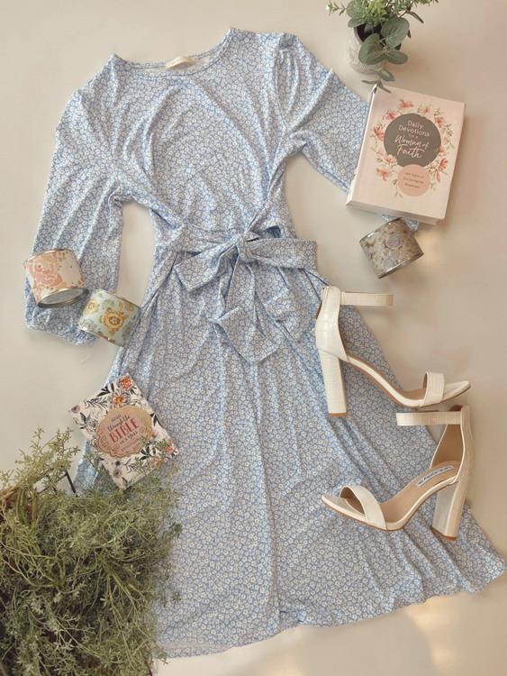 Payton Floral Midi Dress *Blue*