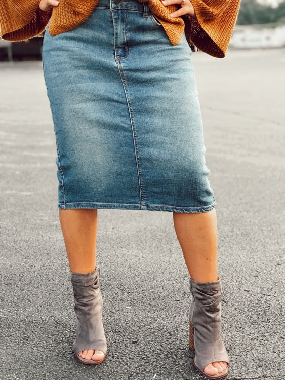 Basic Denim Skirt Light Wash
