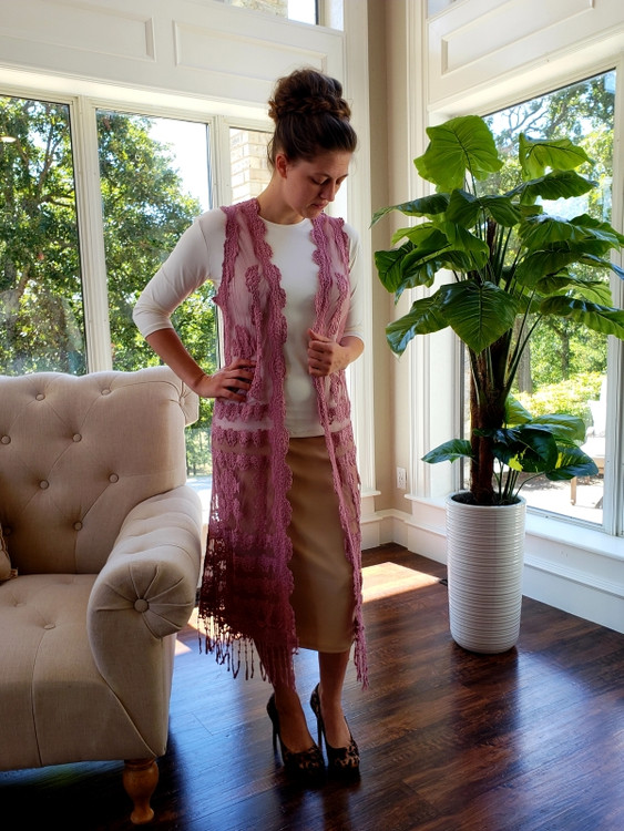 Lace Duster Vest in Dusk Mauve