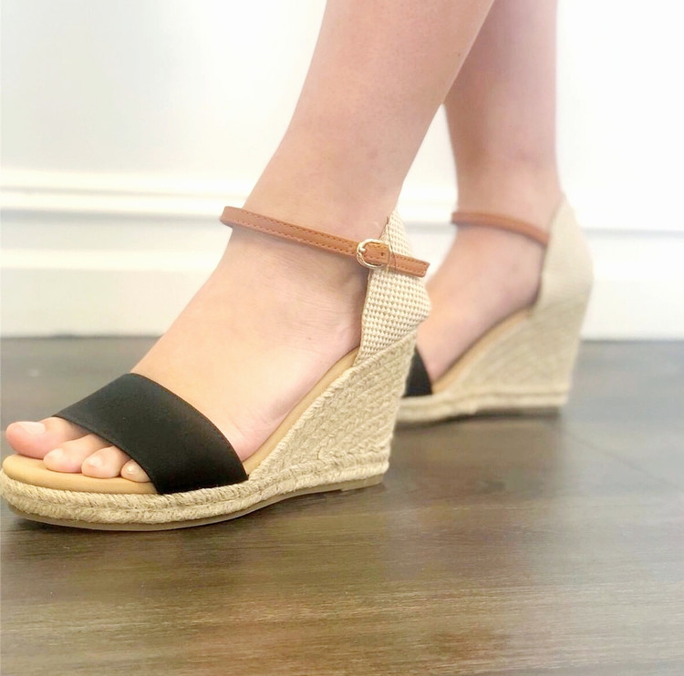 Black & Tan Twill Woven Wedges