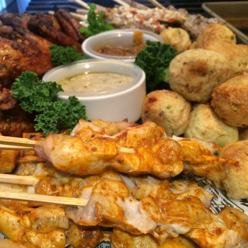 If you like a bit of heat when you eat then you will love our Hot 'n' Spicy Platter