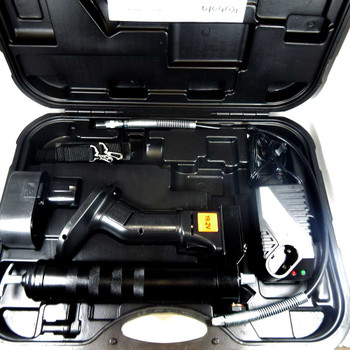 Kubota 19.2V Cordless Grease Gun