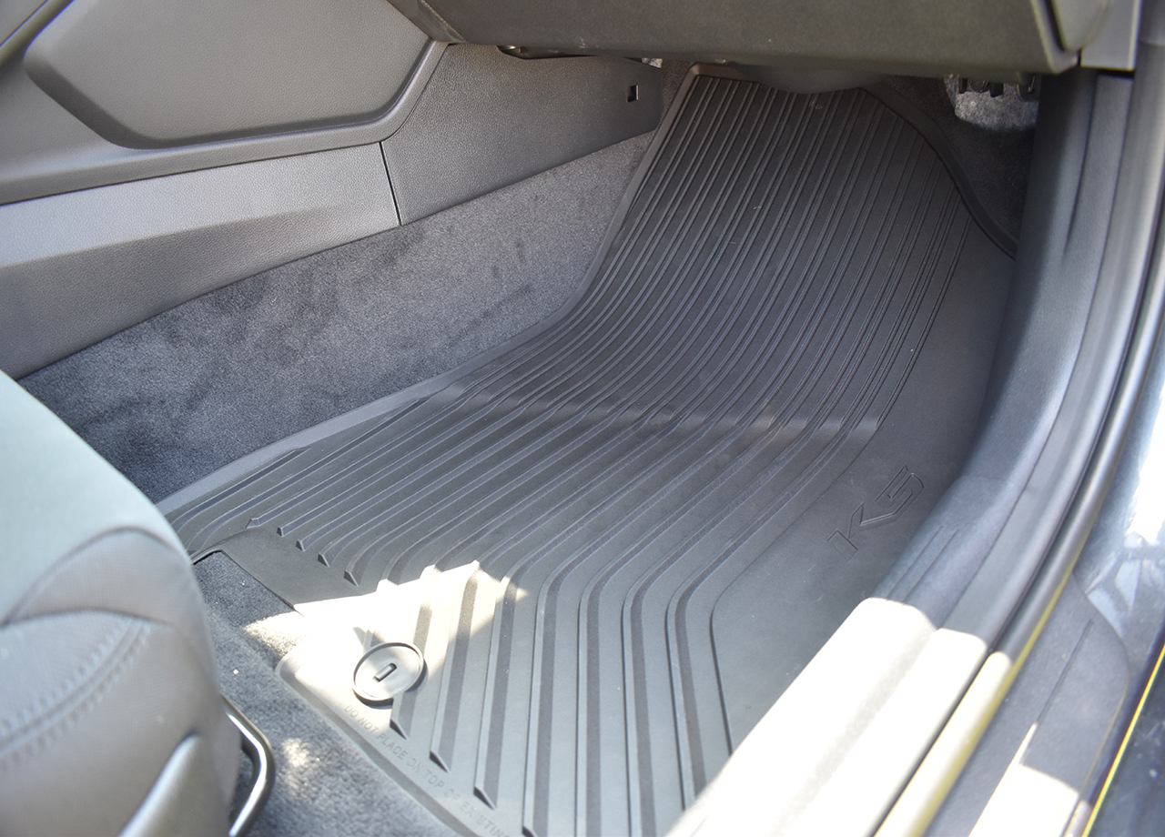 2021-2022 Kia K5 Rubber Floor Mats (Passenger Mat in K5)
