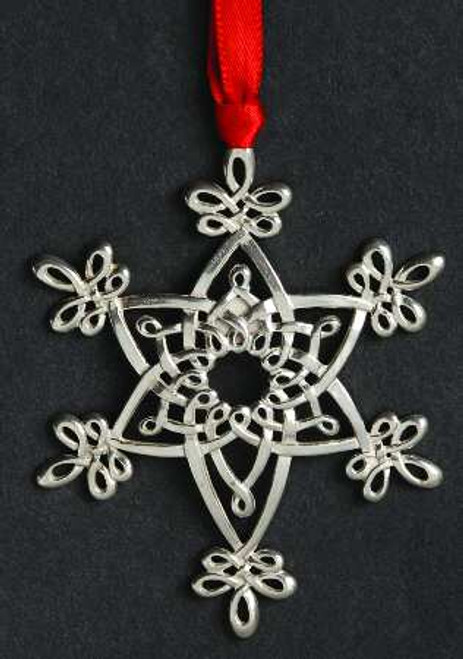 Lunt Annual Snowflake Ornament 2002