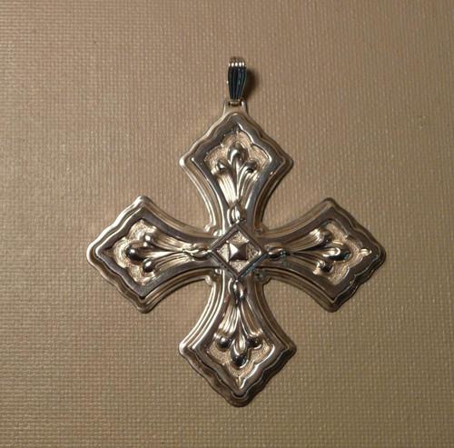 Reed & Barton Annual Cross Ornament 1981