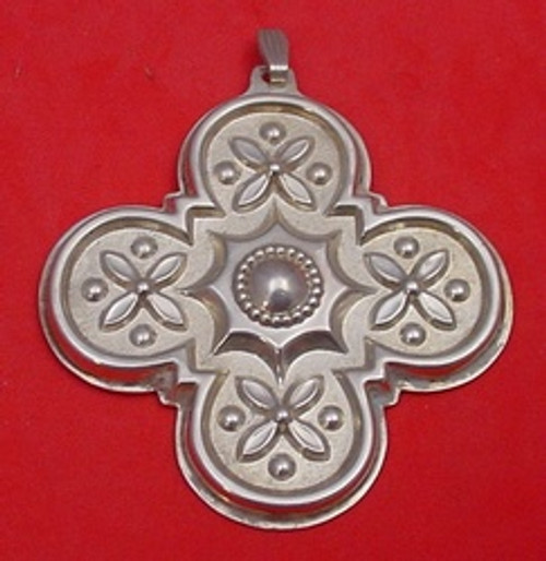 Reed & Barton Annual Cross Ornament 1986