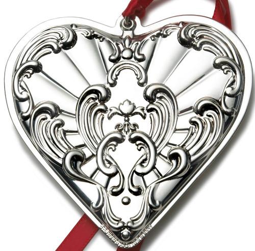 Gorham Annual Chantilly Ornament 2011