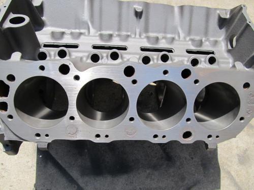 67 Corvette SALE 427 ENGINE CYLINDER BLOCK 3904351 dated J126 427 SALE- Standard