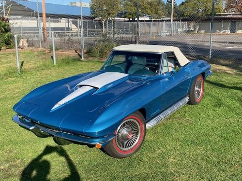 1967 CORVETTE CONVERTIBLE MARINA BLUE WHITE INTERIOR 427/435hp BODY OFF RESTO