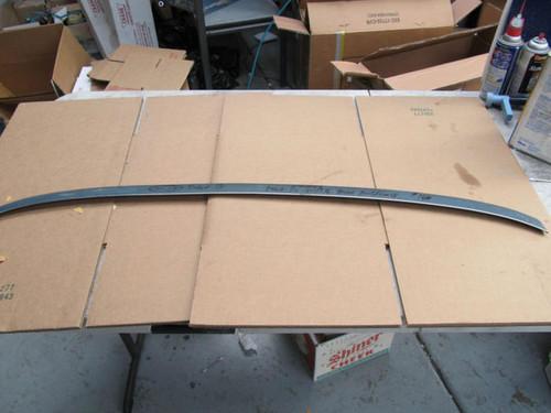 1968-72 windshield wiper door molding/trim one dent as shown