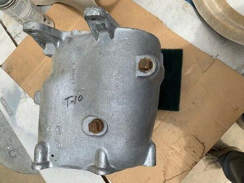 1963  T10   T-10 BORG WARNER GM CORVETTE TRANSMISSION body main case