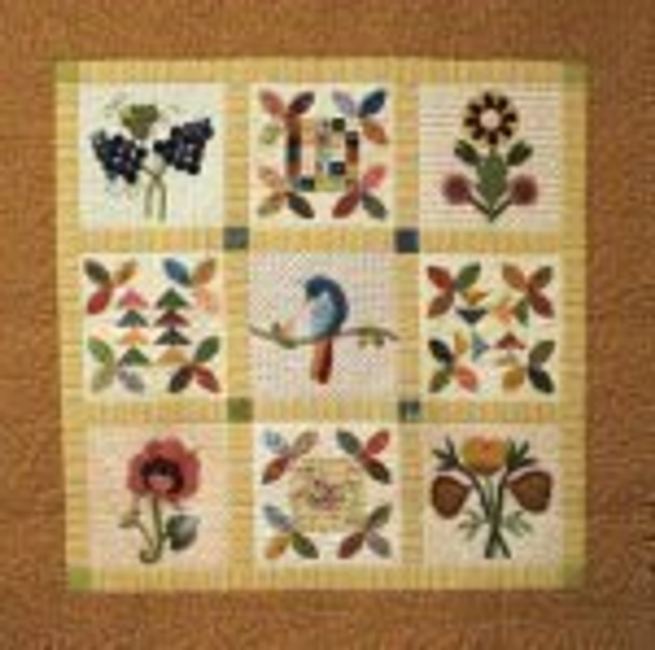 Veronique's Quilt Designs: Little Wattlebird
