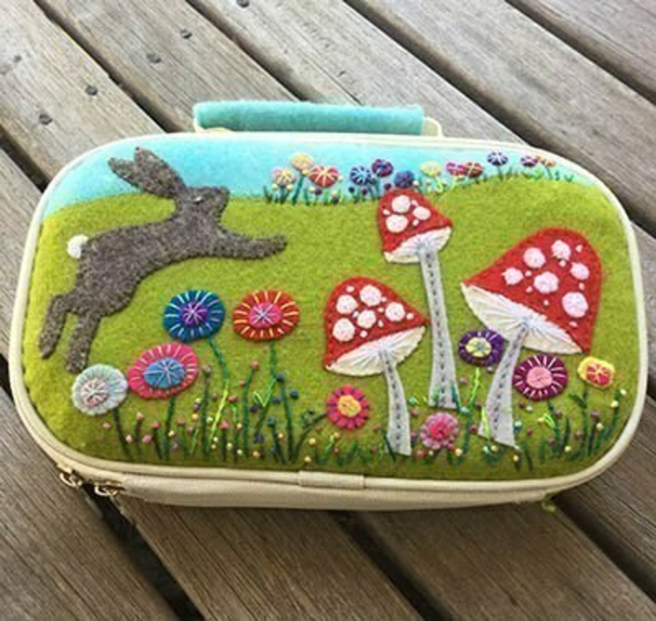 Wendy Williams : Bunny Sewing Case - Pattern