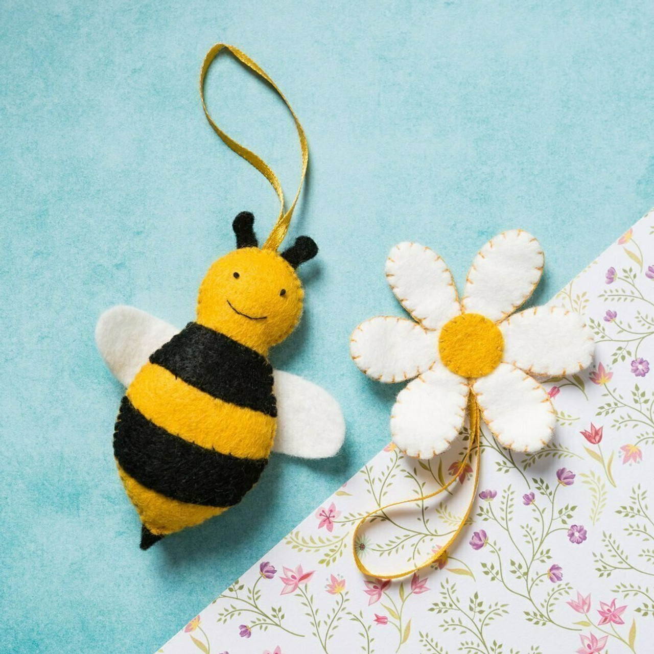 Bee and Flower Mini Kit