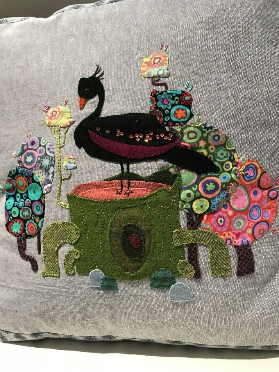 Veronique's Quilt Designs : Fantasies, Black Swan