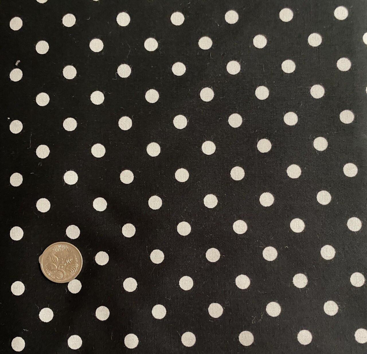 Black with Medium White Dot