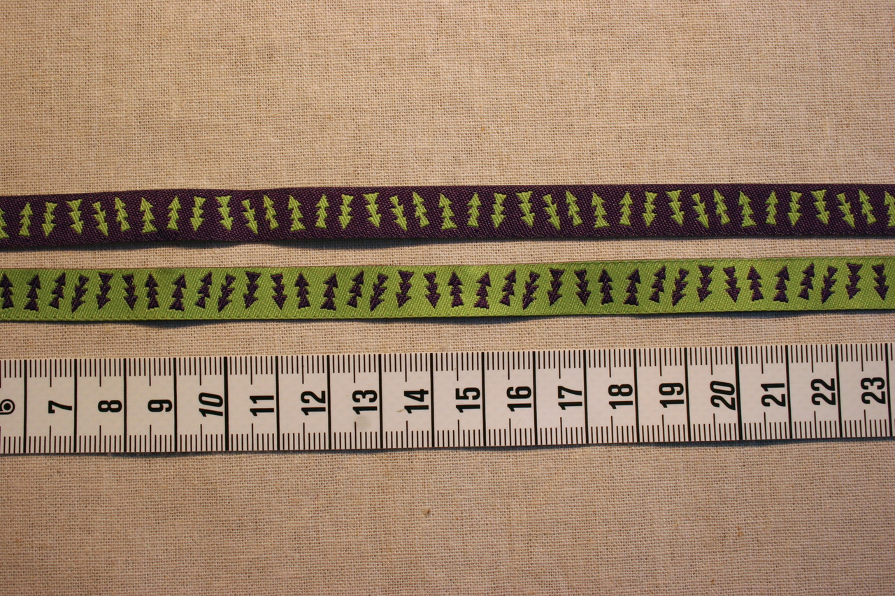 Reversible Green and Purple Arrows