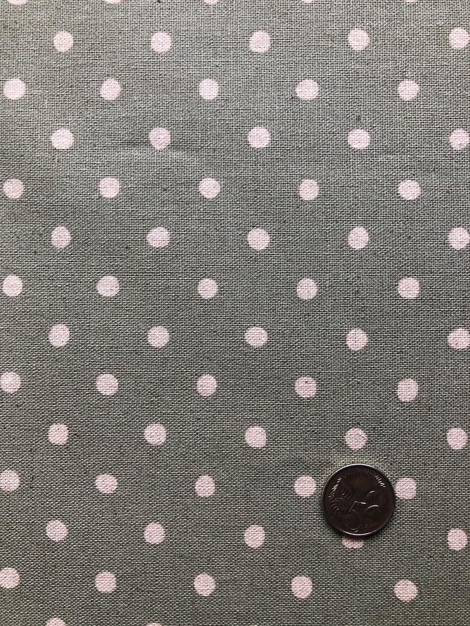Linen Dot - Small on Green