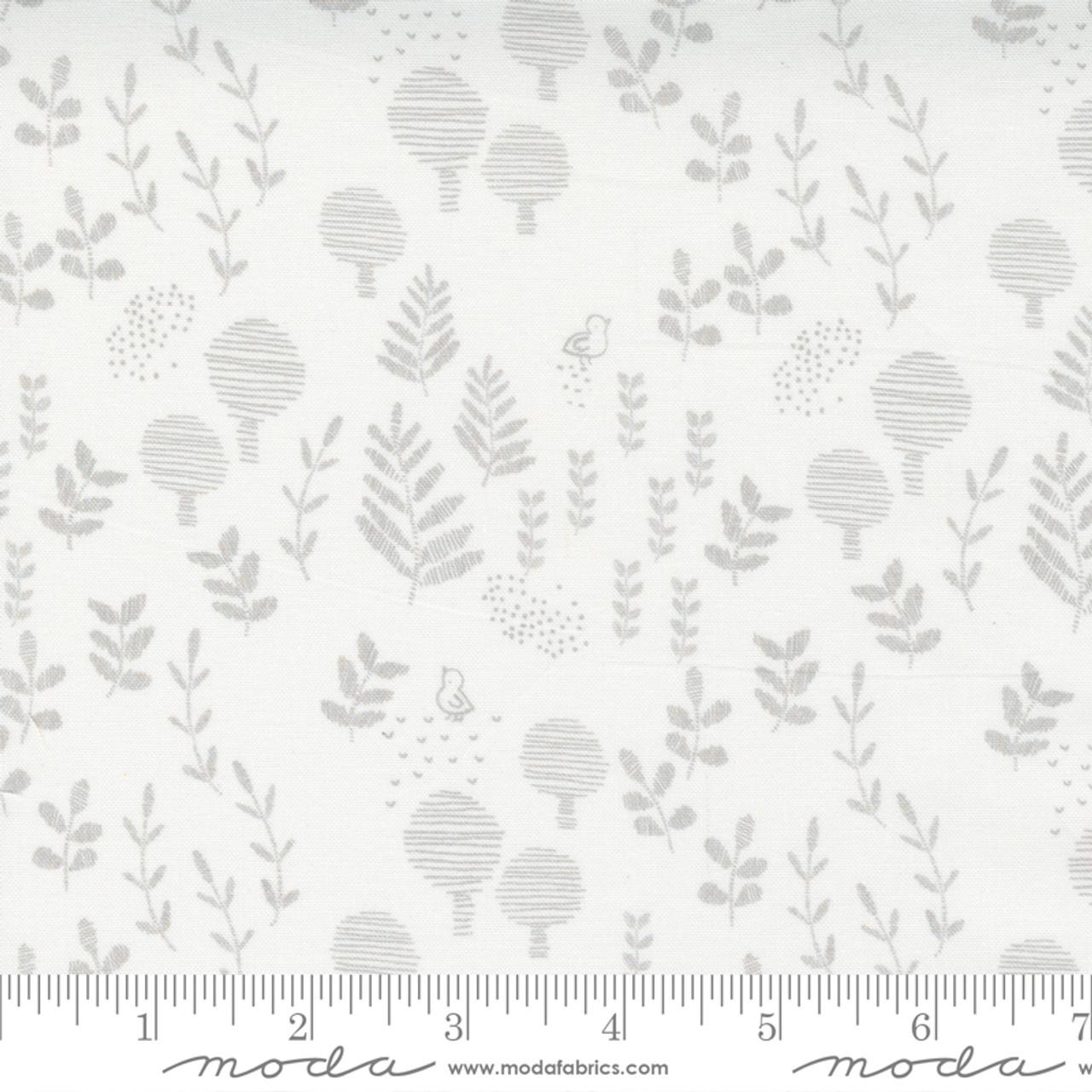 Little Ducklings : Meadow Vine  - White