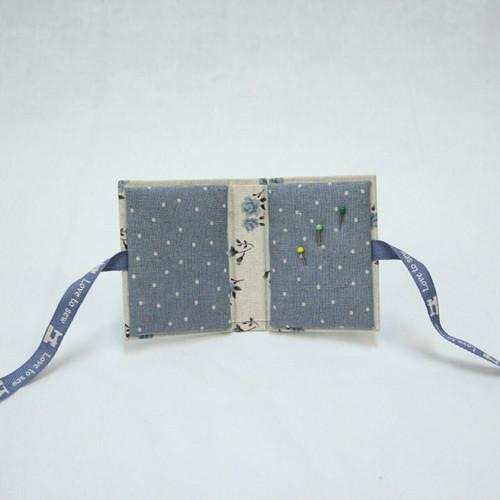 Rinske Stevens Designs: Two needle Keepers