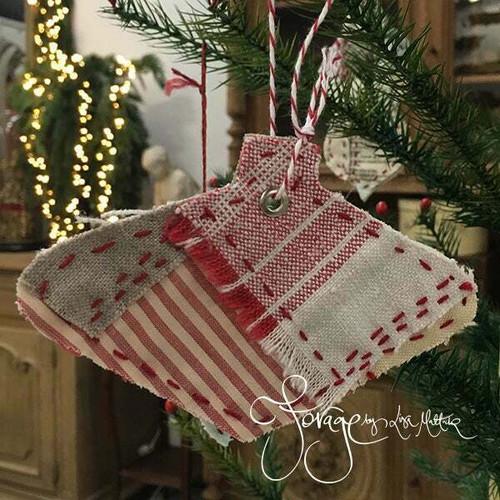 Lisa Mattock Slow Stiched Christmas Decorations