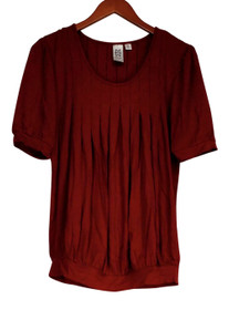 Marc Bouwer Size XS Short Sleeve Scooped Neckline Pleated Front Top Red