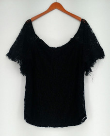 Kate & Mallory Cold Shoulder Lace Top w/ Fringe Sleeve Black A429925
