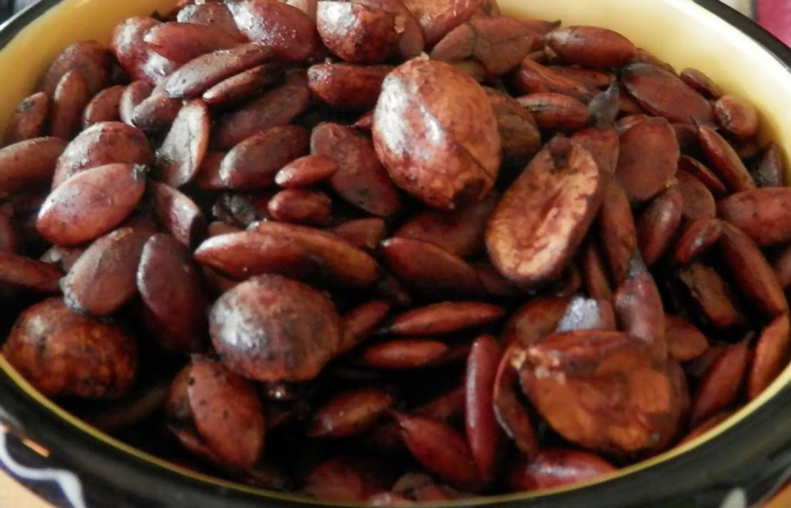 Balsamic Glazed Pumpkin Seeds