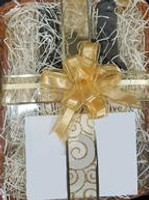 2 Bottle Gift Basket with Spouts