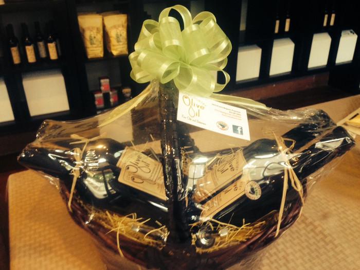 4 Bottle Gift Basket