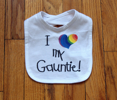 Beautiful bib from the world's best Gauntie!