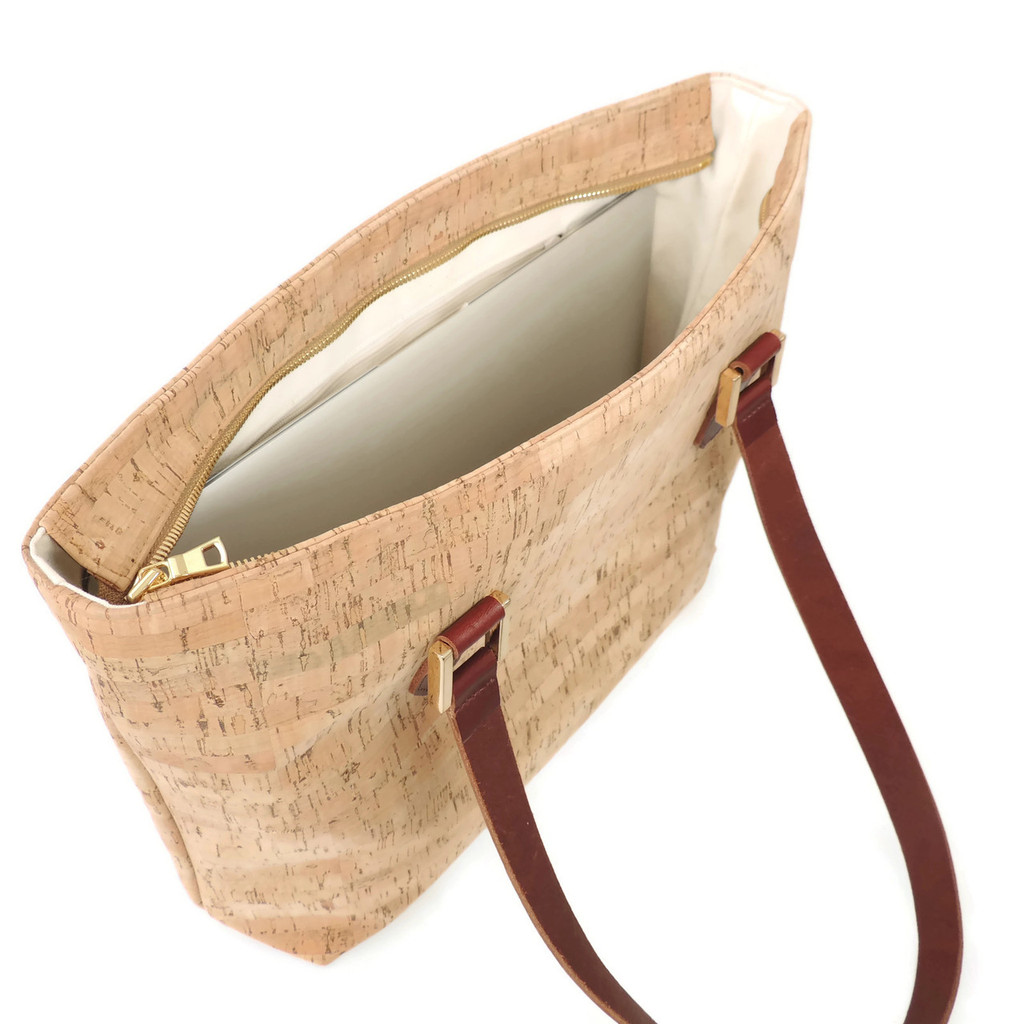 Boot Tote in White Ink Cork