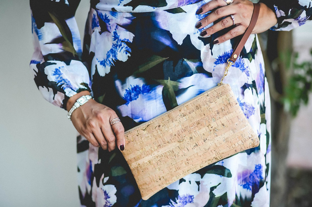Glamorus Wristlet in Cork Dash Gold!