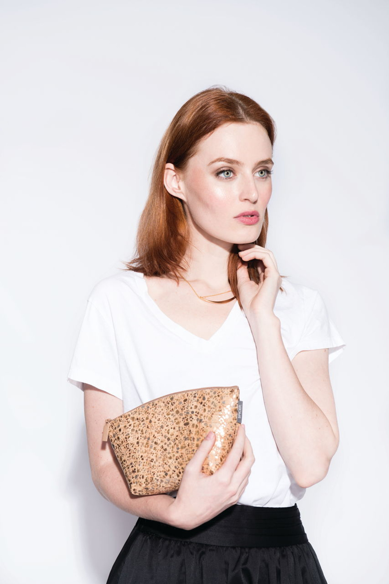 Small Standing Pouch in Sequin Cork