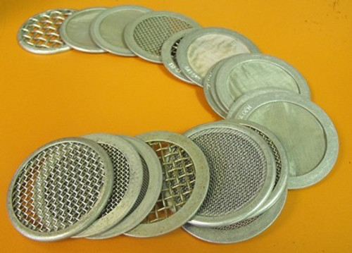 Includes full set of 19 interchangeable sieves