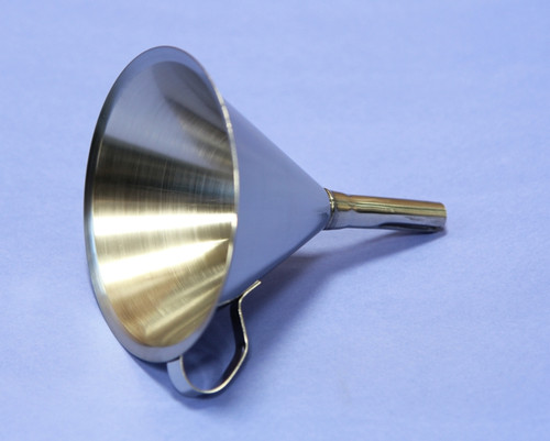 FUNNEL 304 STAINLESS STEEL 120 mm DIAMETER  Description Stainless Funnel Material of Construction: 304 stainless steel Surface Finish: Better than 0.5 microns Ra Top Diameter: 120mm Outer Diameter of Spout: 13mm Overall Length: 140mm Nominal Spout Length: 60mm Nominal Weight: 100g Side Handle: Spot welded to cone section of funnel