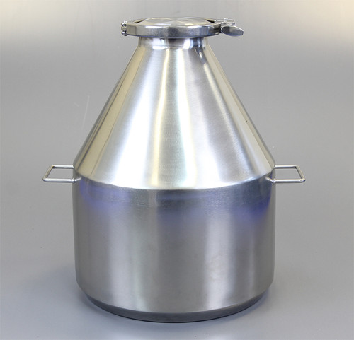 """Description Clamp Container 20L Nominal Volume: 20L Material of Construction: Body: 316 stainless steel Side Handles: 304 stainless steel Lid: 316 stainless steel Clamp: 316 stainless steel (may be 304 stainless steel) Gasket: Silicone (conforms to FDA CFR 177.2600) Method of Construction: Crevice free body, welds ground & polished Surface Finish: Better than 0.5 microns Ra Overall Height: 408mm Body Height: 395mm Body Diameter: 307mm Nominal Weight (body, lid, clamp & gasket): 5.5 Kg Note: The neck of the container is fitted with a 4"""" diameter ferrule which conforms to BS4825-3"""