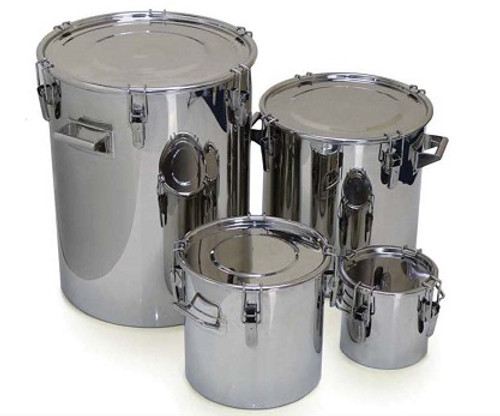 • Multi purpose open top drums • Heavy duty construction • Crevice free interior • 316L stainless steel body and lid • Silicone gasket (food grade, FDA acceptable) • Lid can be completely removed for full cleaning