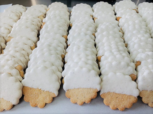 Lemon White Chocolate Dipped (1 Dozen)