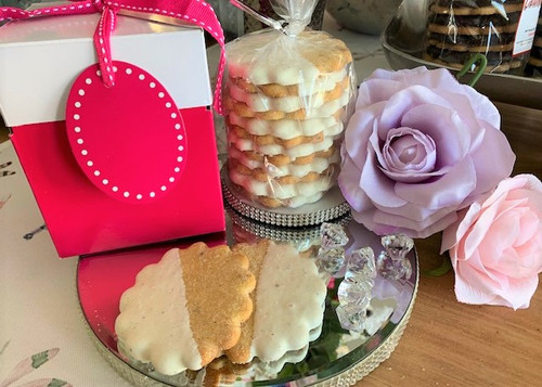 1 Dozen Chocolate Dipped Mimosa w/Gift Box