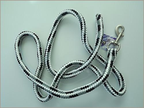 Fluorescent pp lead rope white w/ Navy-Grey Braids